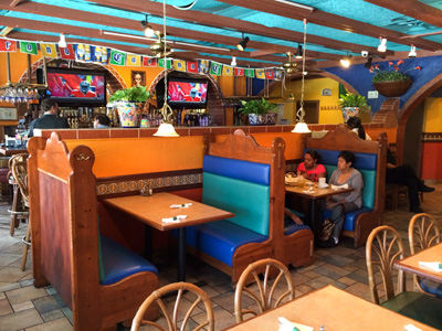Welcome to Acapulcos Mexican Family Restaurant & Cantina in Framingham, MA!